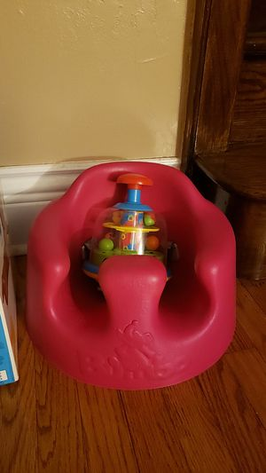 Pink bumbo like new for Sale in Chicago, IL