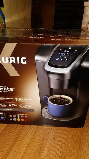 Keurig Elite for Sale in Dover, TN