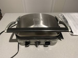 Cuisinart electric griddle with multiple attachments for Sale in Seattle, WA
