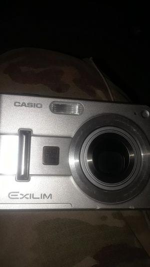 Casio 5.0 megapixel digital camera, with Swissgear case for Sale in El Paso, TX