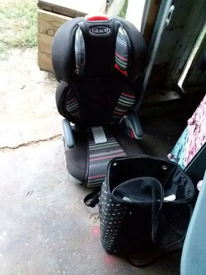 Car seat and dog carrying bag for Sale in North Manchester, IN