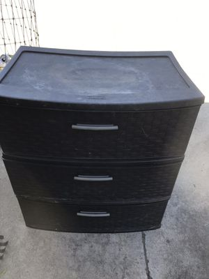Brown Rubbermaid Plastic Drawers (used for pool items) for Sale in El Cajon, CA