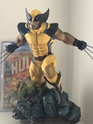 Sideshow Collectibles Premium Format Wolverine Statue for Sale in North Las Vegas, NV