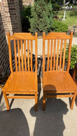 Kitchen table chairs. Wooden, nice. for Sale in Spring, TX