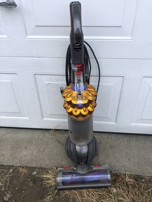 Dyson Vacuum Cleaner for Sale in Tacoma, WA