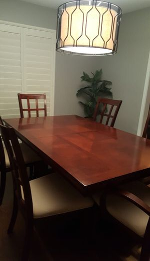 COMEDOR 👇👇 👇 𝖫𝖤𝖠 𝖯𝖮𝖱𝖥𝖠𝖵𝖮𝖱 for Sale in Houston, TX