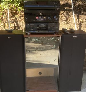 SONY 5 CD CHANGER SYSTEM + for Sale in Lakeside, CA