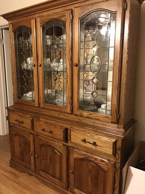 Antique china cabinet for Sale in Fullerton, CA