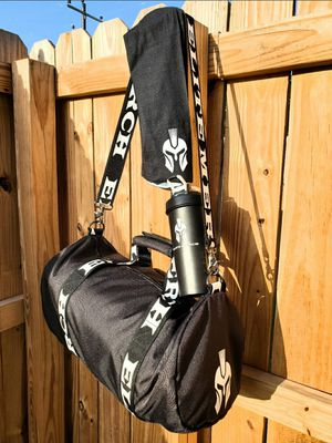 Duffle bag w/ mask and shaker cup for Sale in McAllen, TX