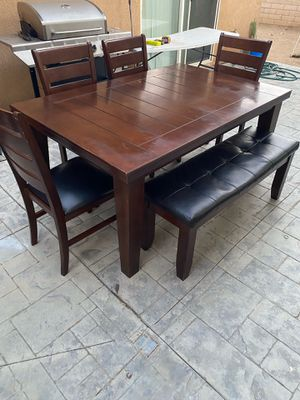 Kitchen Table for Sale in Perris, CA