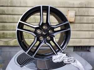Ford mustang rims and tires. Will deliver for Sale in Wilmington, NC