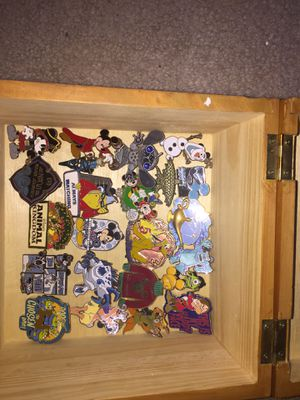 Disney trading pins for Sale in Dublin, OH