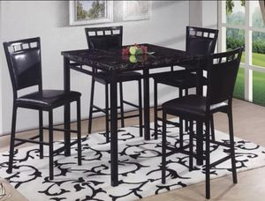 Breakfast table with 4 chairs for Sale in Grayslake, IL