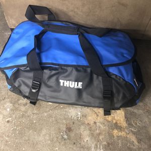 Thule duffle bag for Sale in Tacoma, WA