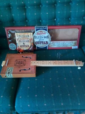 Electric slide cigar box guitar $25 for Sale in Hanover Park, IL