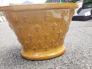 Fluer de Lis flower pot for Sale in Boston, MA