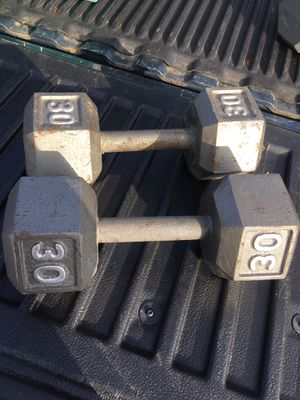 30 lb dumbbells for Sale in Columbus, OH