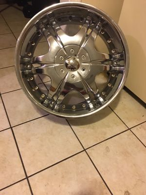 """20"""" rims all 4 with tires clean no scratches 1500 or best offer for Sale in Waterbury, CT"""