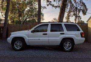 Like New Cherokee 4WD suv Very Clean for Sale in Bellevue, WA