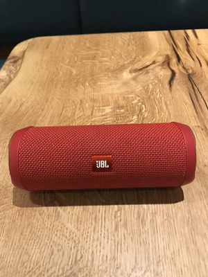 JBL FLIP 4 RED PORTABLE BLUETOOTH SPEAKER WATERPROOF for Sale in Los Angeles, CA