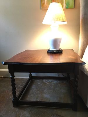 Dark wood coffee table / side table / end table for Sale in Austin, TX