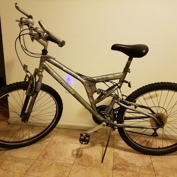 Mongoose SR2 Mountain Bike