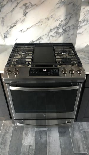 GE gas range for Sale in Dobbs Ferry, NY