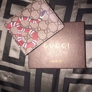 Gucci Wallet for Sale in Ramona, CA