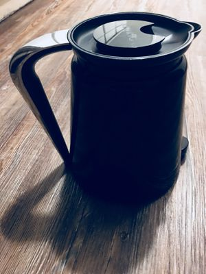 Keurig 2.0 4 cup coffee pitcher for Sale in Oklahoma City, OK