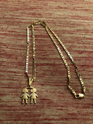 New chain with necklace for Sale in Hartford, CT