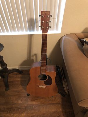 Martin Acoustic Guitar w/ hard case for Sale in Chandler, AZ