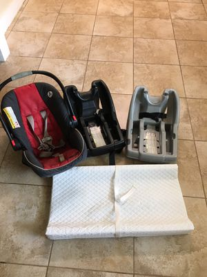 Car seat for Sale in Winter Haven, FL