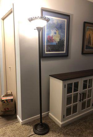 Floor lamp for Sale in Gig Harbor, WA