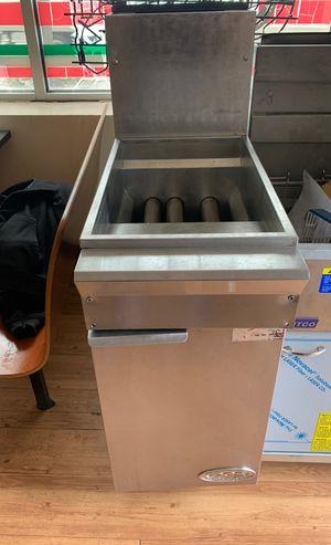 Stainless steel floor model fryer gas for Sale in Bridgeville, PA