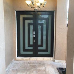 Puertas Y Ventanas De Impacto o Regular , Puertas De Cristal Para Baños , Frente De Negocios , Techos De Aluminio , Espejos Y Cristales for Sale in Miami, FL