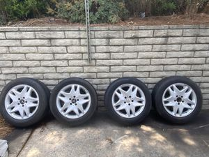 """Mercedes Benz 17"""" OEM RIMS & tires $250. Off S 430 for Sale in Somis, CA"""
