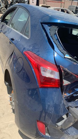 Hyundai Elantra gt for parts 2015 for Sale in Fontana, CA