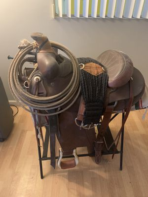 Saddle horse saddle for Sale in Tempe, AZ