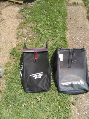 LAWN MOWER BAGS CRAFTSMAN BLACK N DECKER. READ DETAILS for Sale in St. Louis, MO