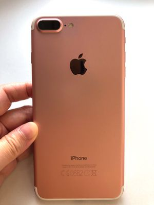 Unlocked iPhone 7 Plus Rose Gold for Sale in Providence, RI