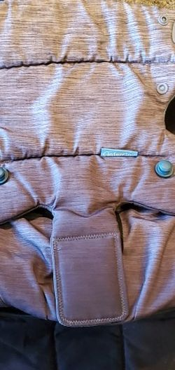 Infantino Baby Carrier for Sale in Fresno,  CA