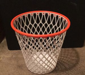 Spalding Waste Paper Basketball Hoop 2ft Trash Can for Sale in Florissant, MO