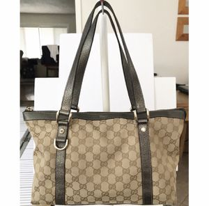 Authentic Gucci Abbey GG Monogram Canvas Shoulder Tote Bag for Sale in West Covina, CA