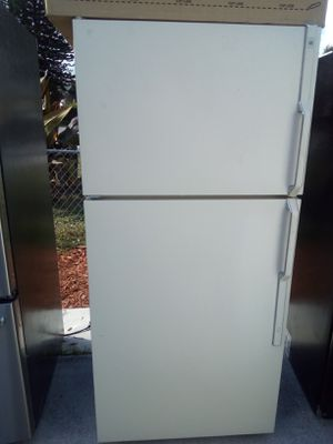 SUPER COLD CLEAN REFRIGERATOR PRICE FIRM for Sale in West Palm Beach, FL