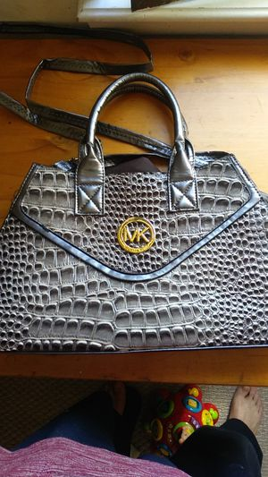 Micheal kore purse for Sale in Gaithersburg, MD