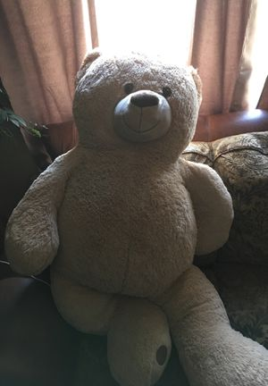 4.6 ft teddy bear for Sale in Del City, OK