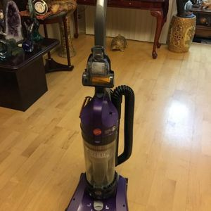 Hoover Wind tunnel 2 Pet Vacuum. Has Both Pet Upholstery Tool & Pet Turbo Tool, Excellent Condition. $ 45 for Sale in Oklahoma City, OK