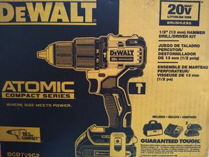 DeWalt ATOMIC for Sale in Hayward, CA