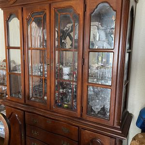 China Cabinet And Figurines for Sale in Springfield, VA