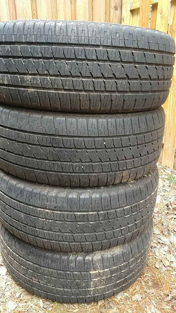 P285 45 22 set of 4 used Bridgestone dueler